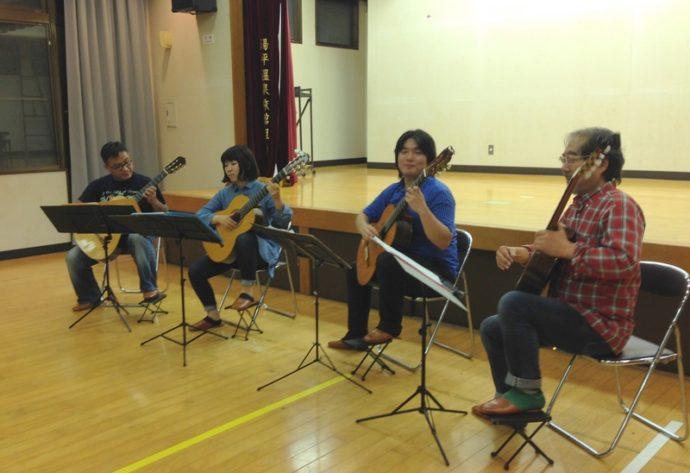 湯平ふれあいホールにて、「大湯鉄道物語」の音楽イベント「ロマン街道リレーコンサート」が行われました。