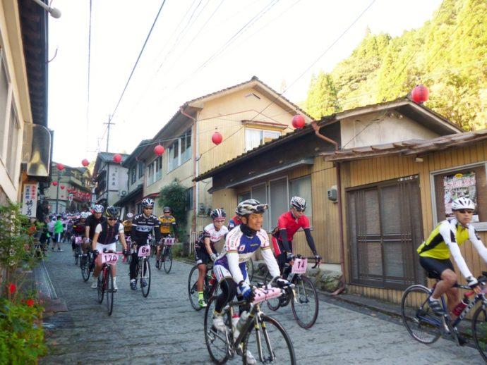 「2015年 第9回ツール・ド・湯平サイクリング大会」がスタートしました!
